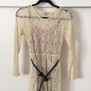 NWOT Cream Lace high-low dress with belt